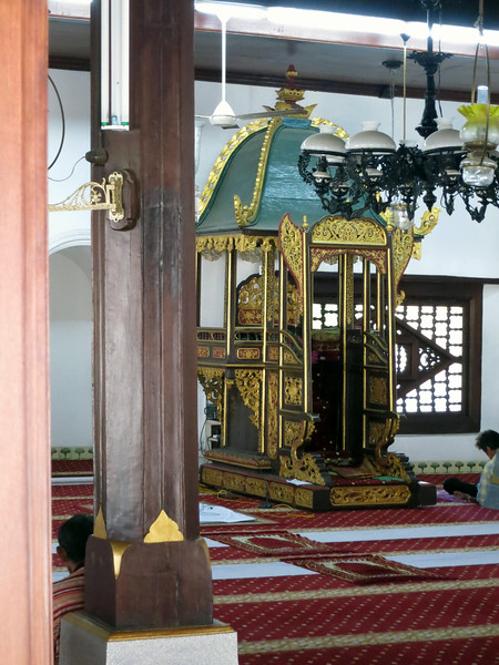 1805 Kampung Hulu Mosque interior.jpg