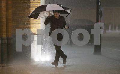 tornadoes-sweep-through-dallas-area-significant-damage