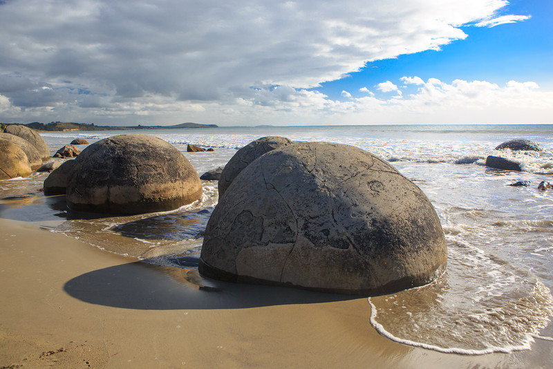 Moeraki Beach Bounders