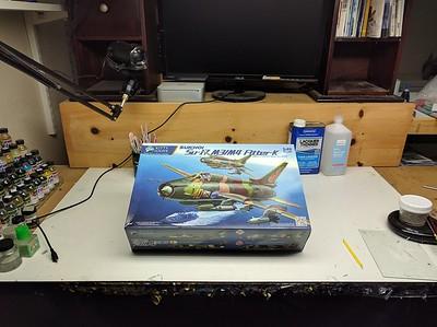 1/48 Kitty Hawk Su-17 Fitter