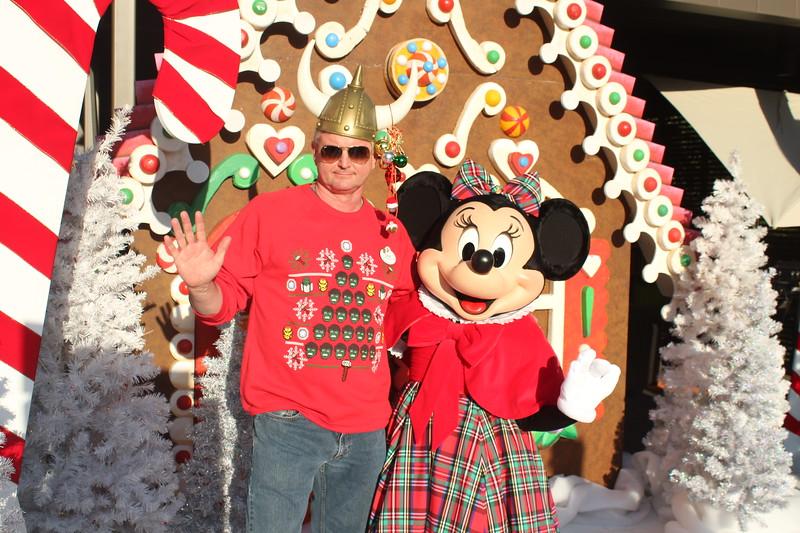 Walt_Disney_Imagineering_Holiday_2017_Individuals_ (24).JPG