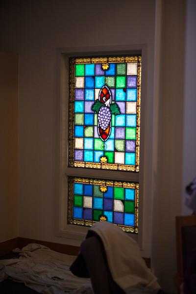 stainedglass-install-0524.jpg