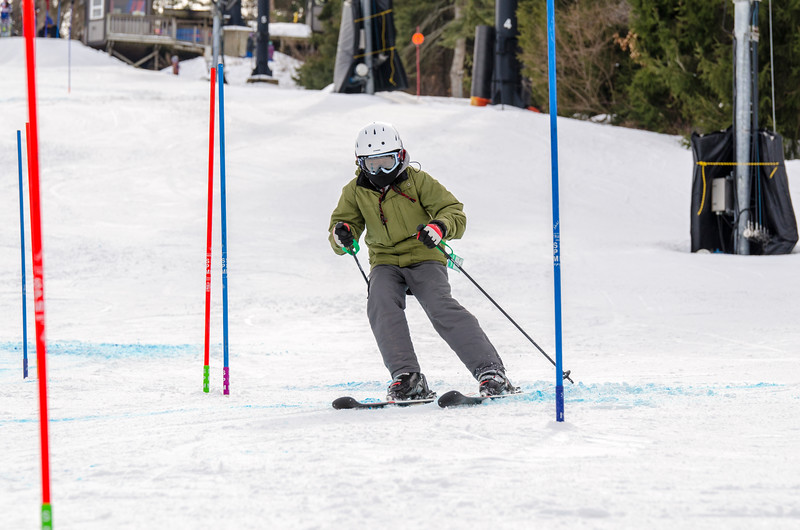 Standard-Races_2-7-15_Snow-Trails-262.jpg