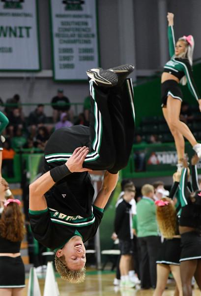 cheerleaders0251.jpg