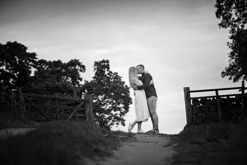 Sarah & Daniel E-Shoot_041.jpg
