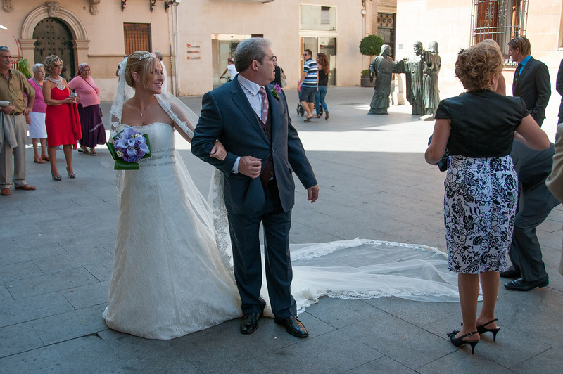 Wedding at Basilica de Santa Maria in Elche, Alicante, Spain