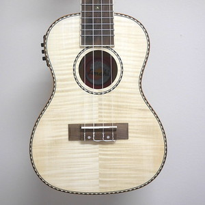Amahi Concert Ukulele, Flamed Maple w/EQ