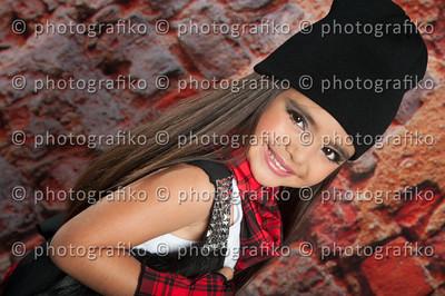 PK2395 Mariana Andrade
