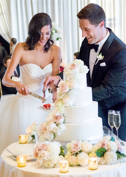 Four-seasons-hotel-downtown-seattle-wedding-photos-carol-harrold-photography-21.jpg