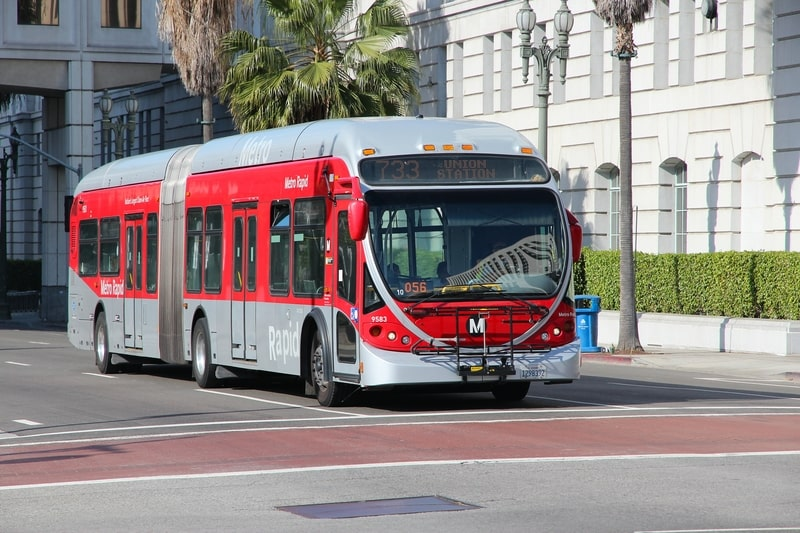 metro bus in los angeles - how to get around los angeles