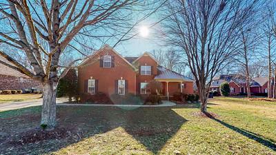 452 Royal Glen Blvd Murfreesboro TN 37128