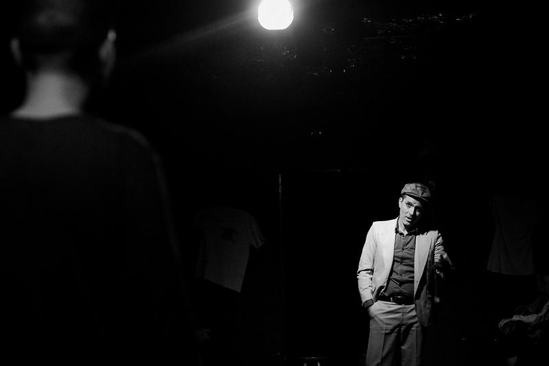 Allan Bravos - Fotografia de Teatro - Indac - Migraaaantes-296-2.jpg