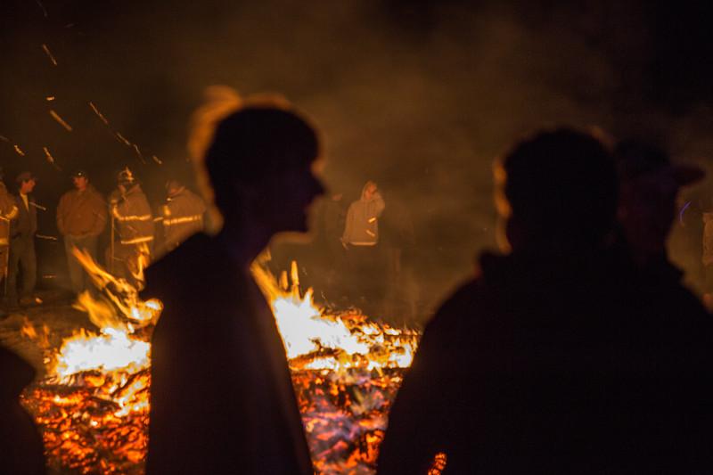 amo170925-Bonfire-400.jpg