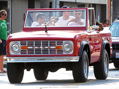 EXC: Kellan Lutz + Dog In Ford Bronco