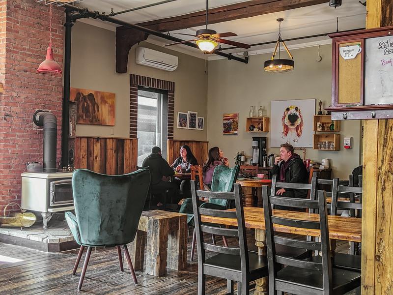 Jimolly Cafe-3.jpg