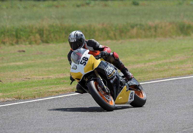 Thomas Pobjoy - Castle Combe  Race 6 & 16 Powerbike (Honda CBR 1000 - Space Centre Racing)