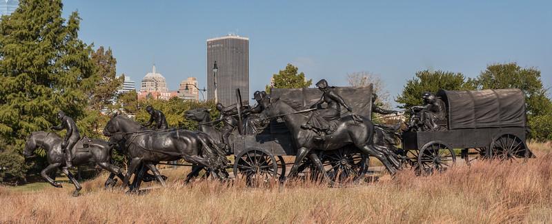 Land Run Sculpture Photos