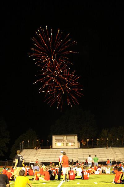 Lutheran-West-Fireworks-after-football-game-Unleash-the-Spirit-bash-2012-08-31-029.JPG