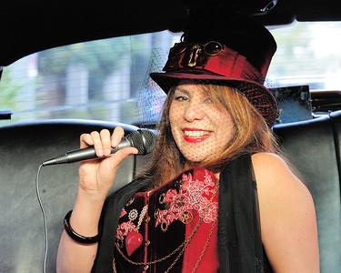 2014-11-15, Doo Dah Parade with Felicity
