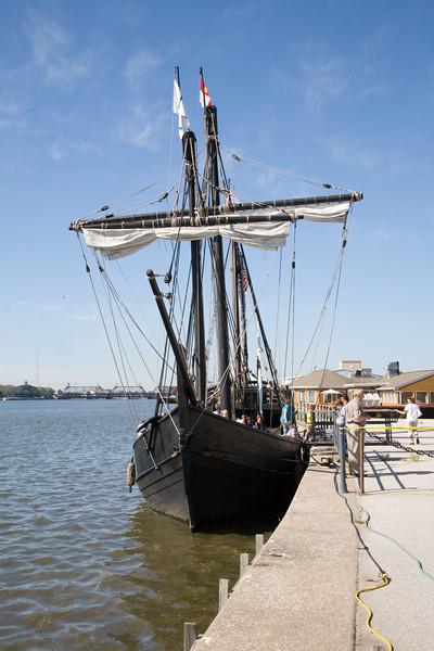 Nina-Columbus