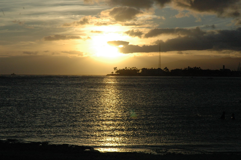 Hawaii - Ala Moana Beach Sunset-21.JPG