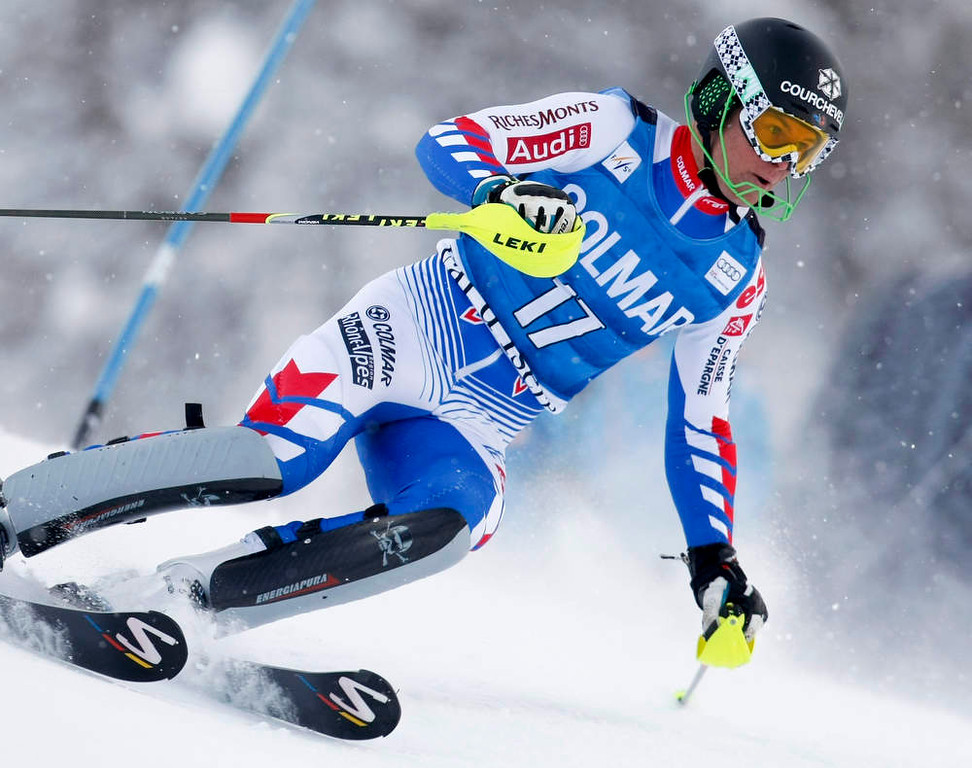 . Alexis Pinturault of France skis during the first leg in the men\'s World Cup Slalom skiing race in Val d\'Isere, French Alps, December 8, 2012.    REUTERS/Emmanuel Foudrot