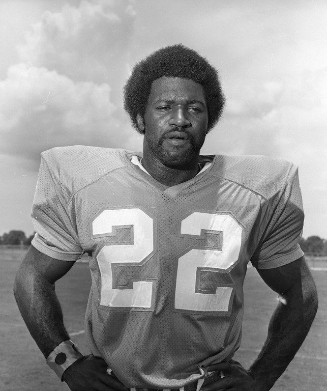 ". Miami Dolphins running back Eugene ""Mercury\"" Morris shown Aug. 9, 1972. (AP Photo)"