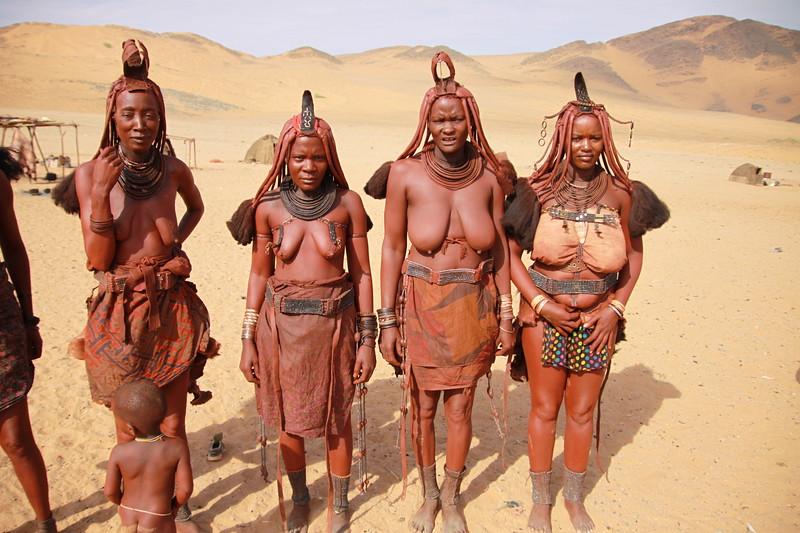 Himba married women