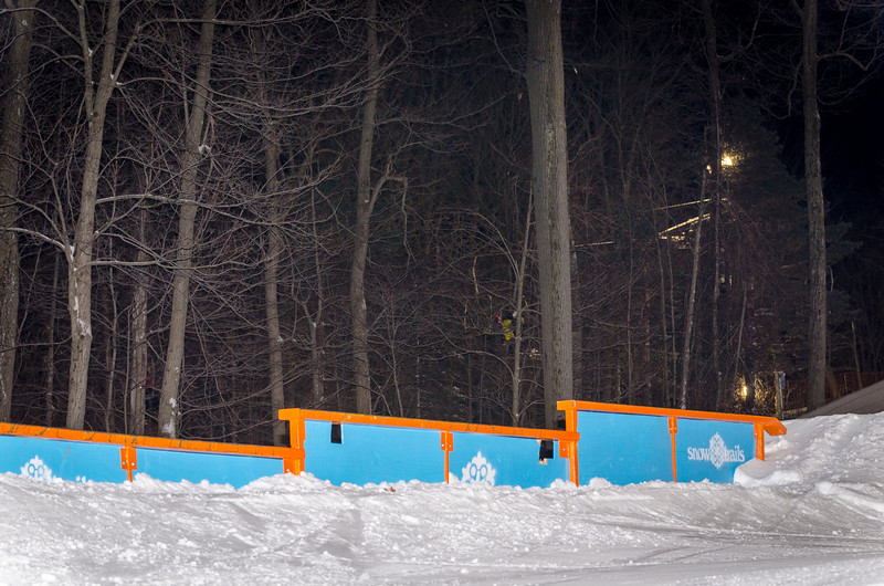 Nighttime-Rail-Jam_Snow-Trails-9.jpg