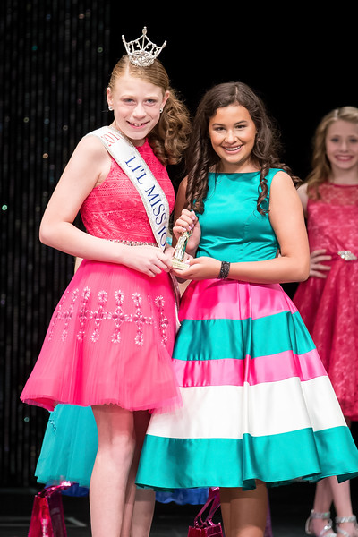 Miss_Iowa_Youth_2016_124707.jpg