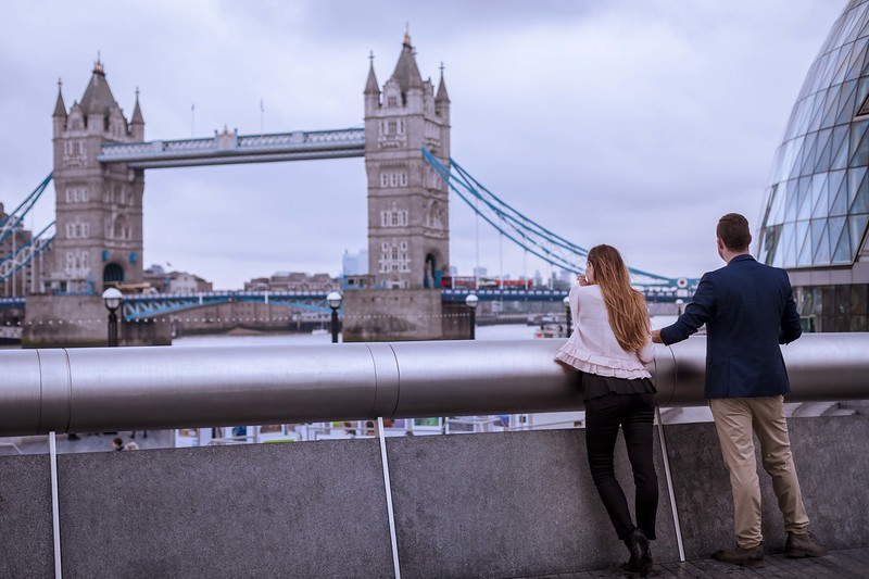 London-engagement-photo-shoot