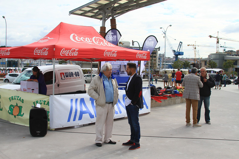 Coca Cola CLUB PIRAGUISMO OLIVICO ale CLUB OLIVIES Coca-Cola Coca-Cola WOR-60 SPORTSWEAR Inoan •