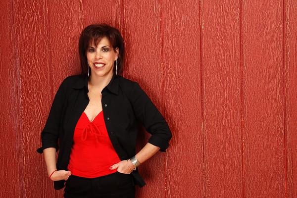 Linda Belt Promo Picture