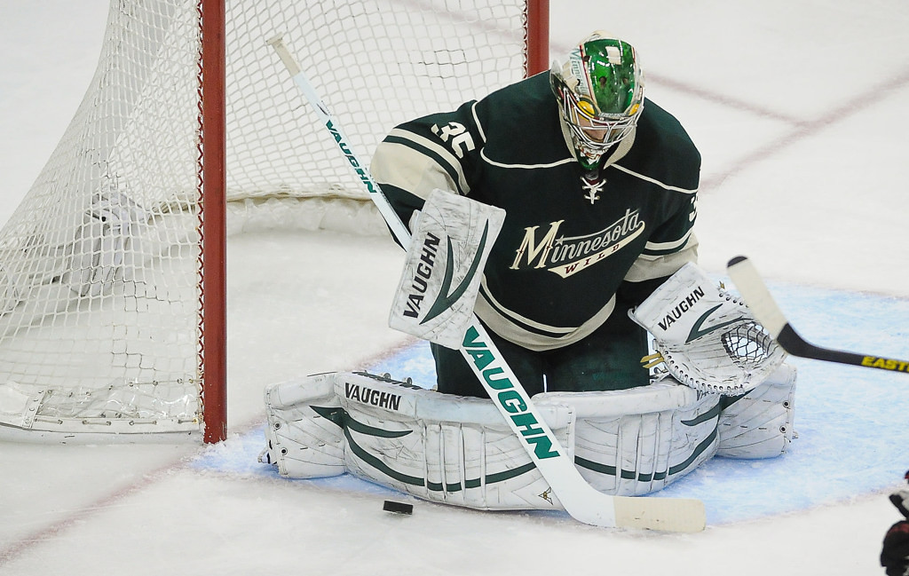 . Minnesota goalie Darcy Kuemper makes a stop during the second period against the Blackhawks.  (Pioneer Press: Ben Garvin)