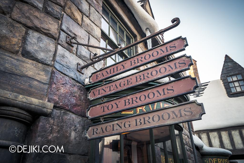 Universal Studios Japan - The Wizarding World of Harry Potter - Hogsmeade Dervish & Banges Brooms