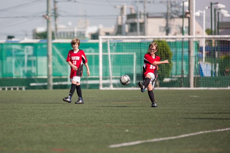MS Boys Soccer vs Nishimachi 12 Sept-10.jpg