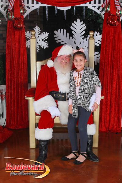 Santa 12-17-16-141.jpg