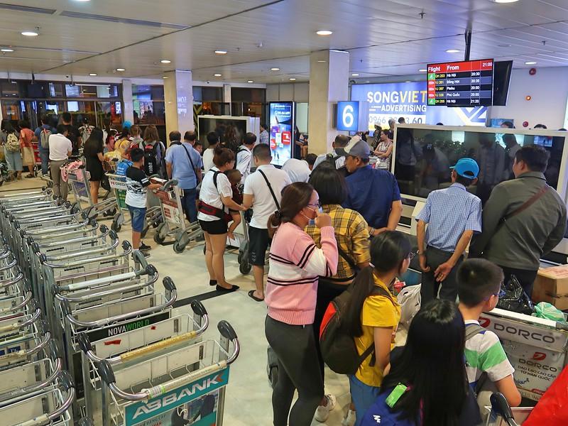 IMG_9795-bamboo-baggage-claim.jpg