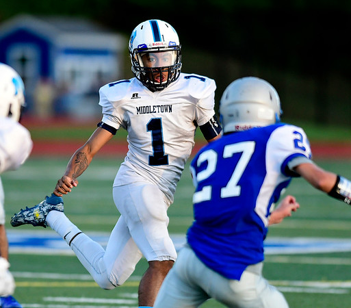 9/14/2018 Mike Orazzi | Staff Middletown's Jonta'e Dempsey-Brown (1) during Friday night's football game with Middletown in Bristol.