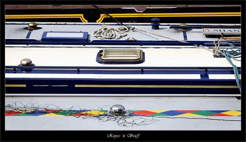 Ropes and stuff on narrowboats (80343693).jpg