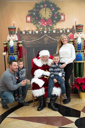 Santa Merion Photos Upstairs 2018