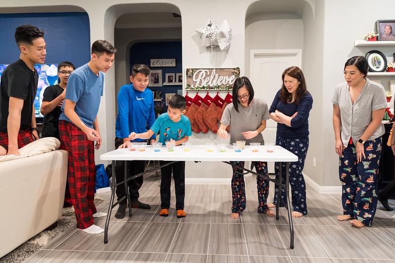 20191225_christmas-ho-family_107.jpg