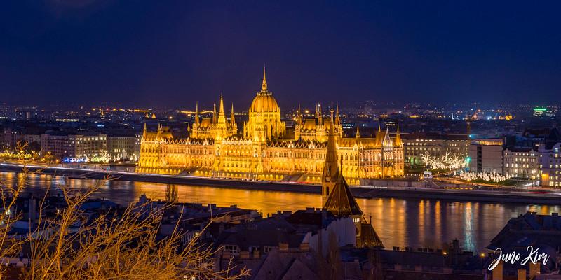 2016.12_Budapest__6101412-Juno Kim.jpg