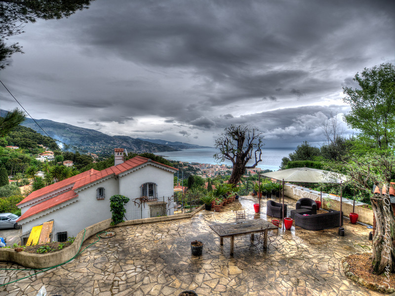 Cottage on the French Riviera