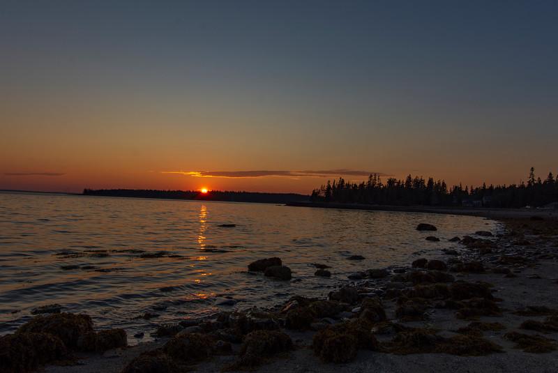 Sunset-cottage-beach.jpg