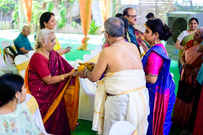 2019-12-Ganesh+Supriya-4471.jpg