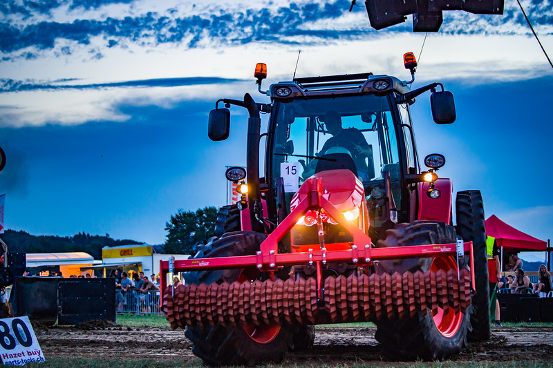 Tractor Pulling 2015-01723.jpg