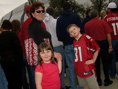 Family Trip to the Cardinals Playoff Game on 1.3.2009