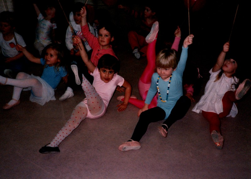 Dance_0002_b.jpg