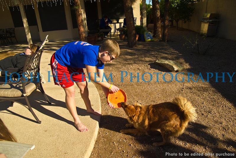 12.29.2008 At Annie's (46).jpg